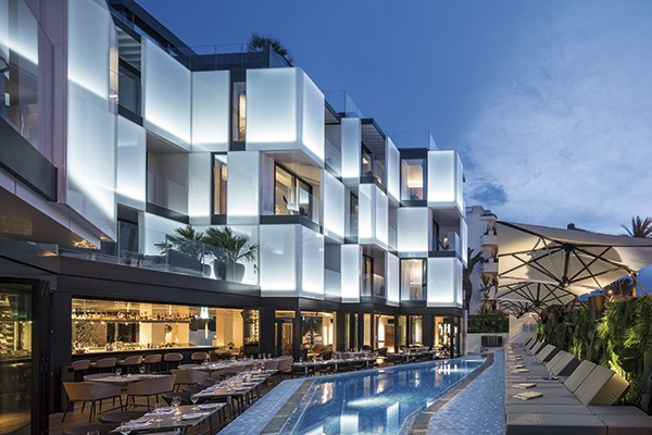 Hotels sleeper for House boutique hotel dubai