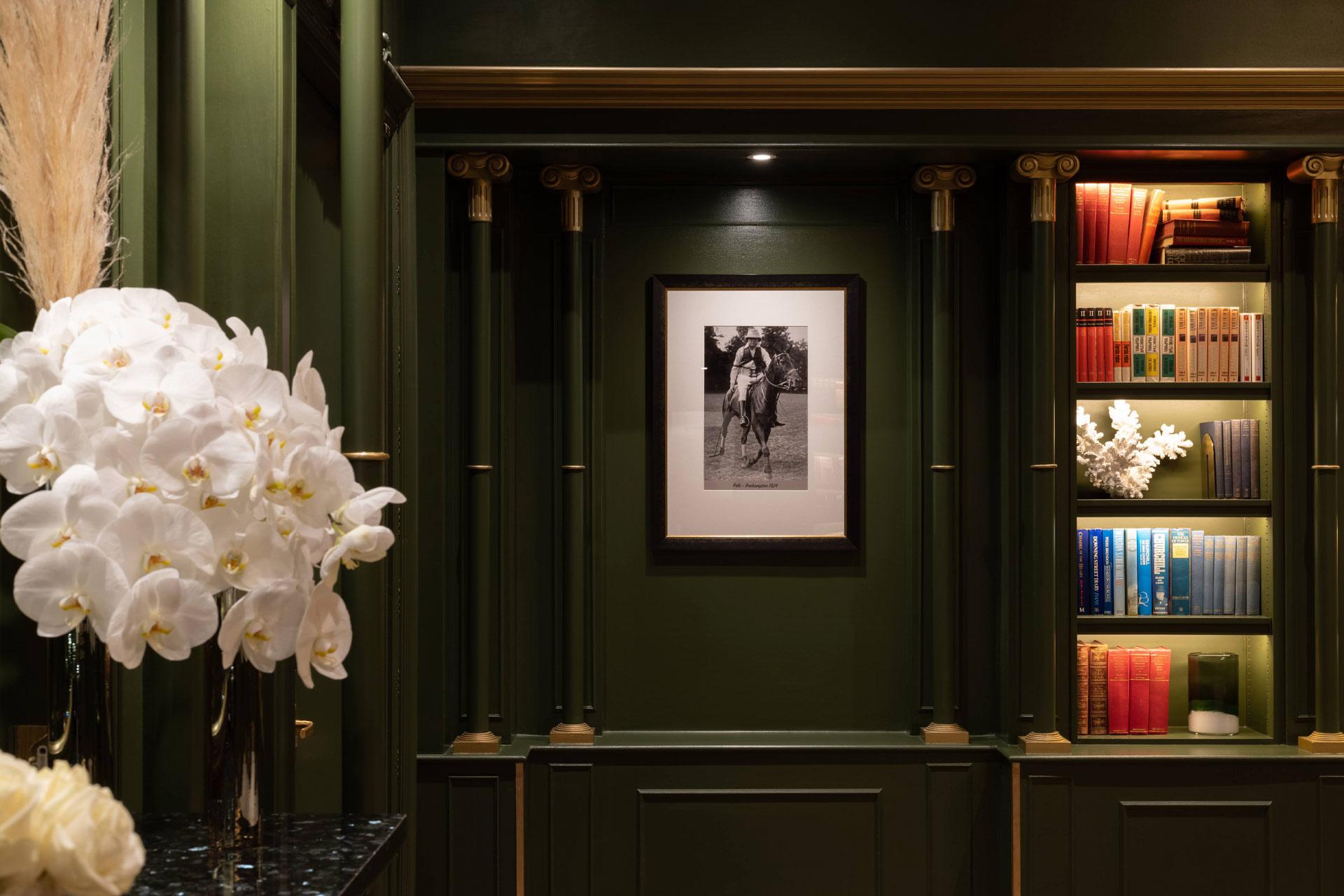 The Library at Hyatt Regency London - The Churchill